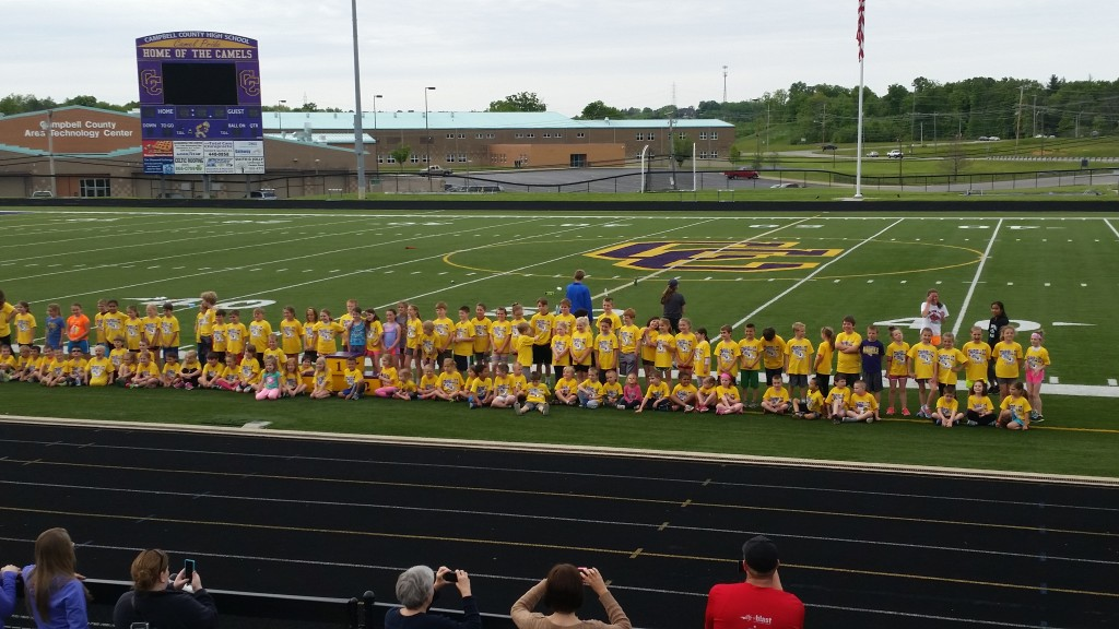 2016 Youth Track Group Photo