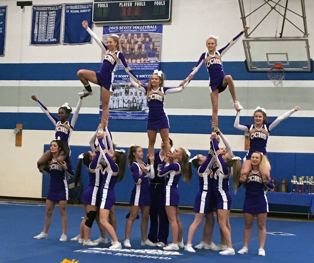 Cheerleading placed 1st at the 10th Region Competition
