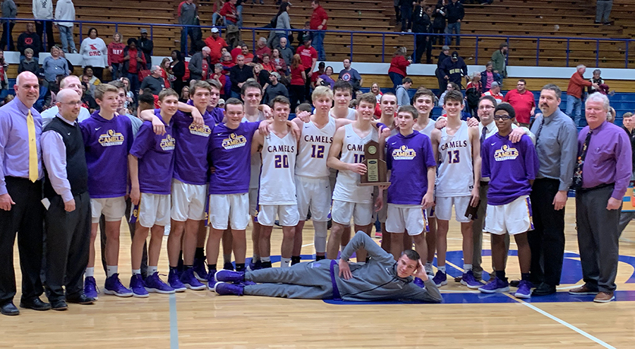 Boys basketball 2019 regional champs